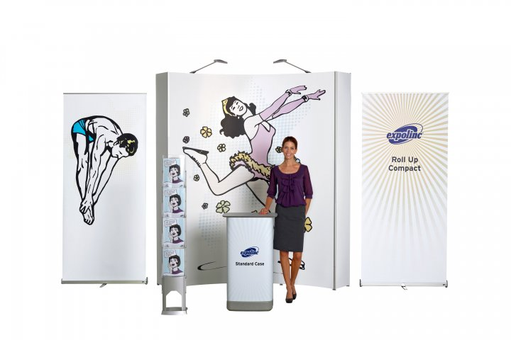 Expolinc Beispielstand Kombination 3x3 Standard, Roll Up Compact, Brochure Stand Single